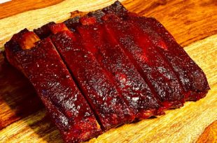 How To Cook Competition St.Louis Ribs In this video, we share all of our tricks on how we make our award-winning St. Louis style ribs at a KCBS competition, or if you just want to impress your friends and family. We talk about how to pick the ribs, trim the ribs, season the ribs, wrap the ribs and even presenting the ribs to give you a edge at your next competition. Products Used: Smithfield St. Louis Style Ribs Heath Riles Everyday Rub Sugars Barbecue Cluckin Awesome Rub Sugars Barbecue Serious Bull Rub Mike's Hot Honey Sugars Barbecue Rodeo Candy BBQ Sauce B&B Charcoal Wusthof Knives 270 Smokers